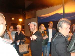 João Bosco conversando com brasileiros e alguns tchecos também