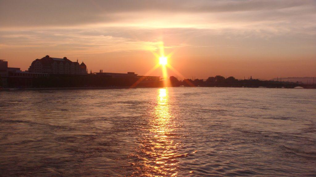 Pôr do sol em Dresden
