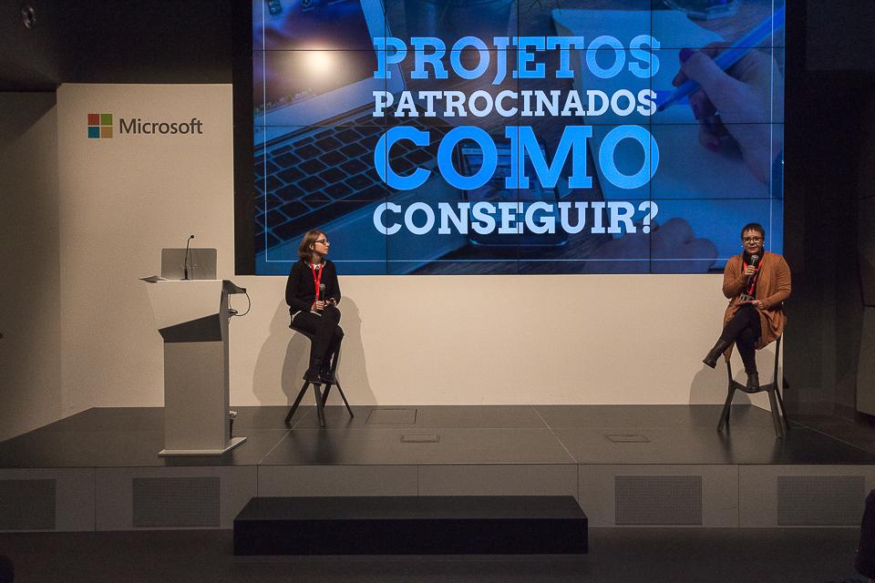 Rita Branco e Juliana Guimarães dando palestra no EEBB 2016